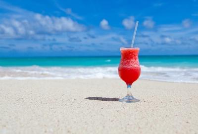 beach-84533_1920-400x270-MM-100